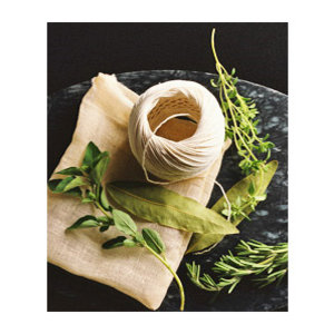 Herb Bouquet http://www.allaboutyou.com/craft/making/prepare-a-bouquet-garni-48527