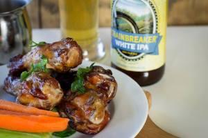 Chainbreaker White IPA & Garlic (Lemon) Tahini Wings