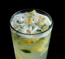 Pineapple-Mojito_Close-up-Best