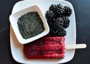 Blackberry Green Tea Popsicles