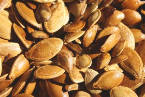 toasted-pumpkin-seeds-texture