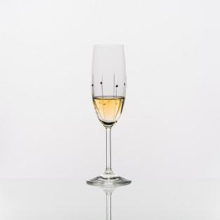 Champagne-FallingRain2